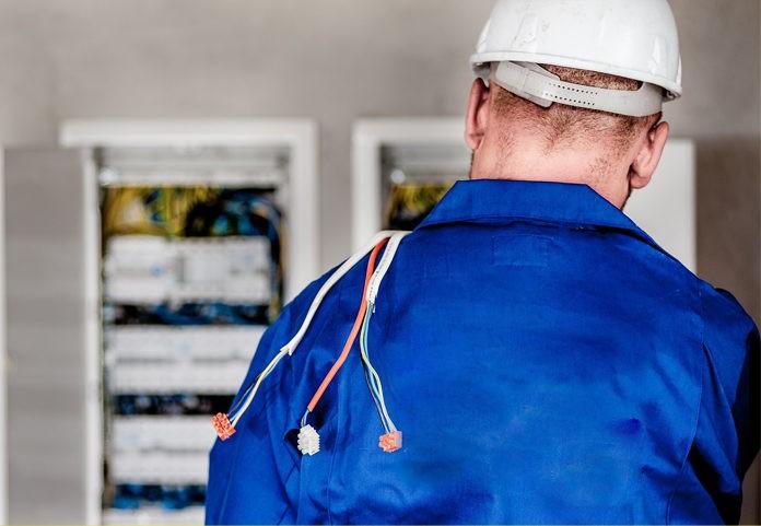 Obowiązkowe przeglądy instalacji elektrycznych